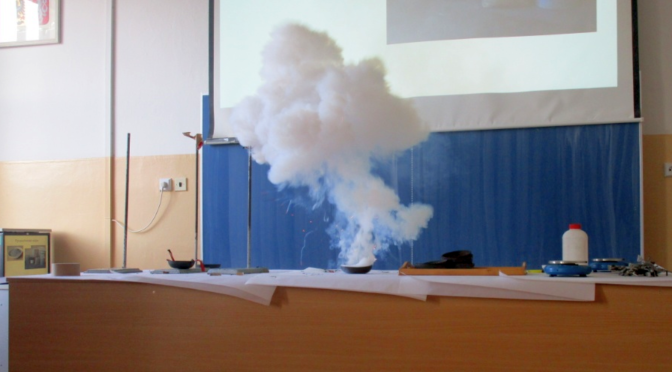 Mladí chemici ze ZŠ Křesomyslova